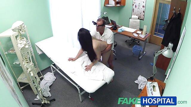 Porno madre teniendo sexso con su hijo amateur con belleza en cámara