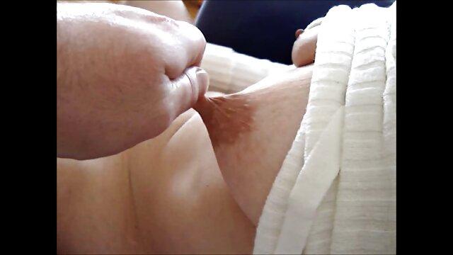 Rubia flaca follada duro en un casting madre tetona porno