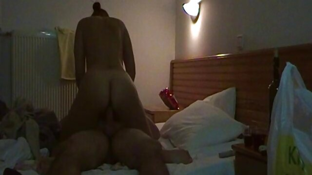 El follando a mama dormida primer sexo anal de Hot Alinka