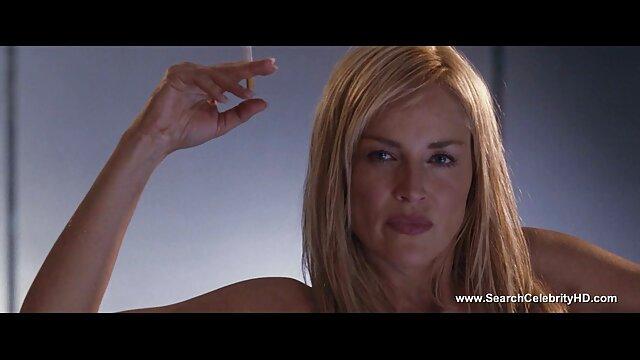 La rusa Katya se rompe mama videos xxx el himen