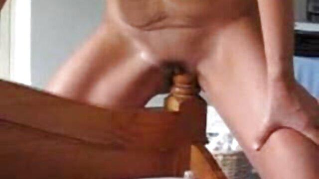 69 sincrónico coño y follada caliente mama e hijo serviporno