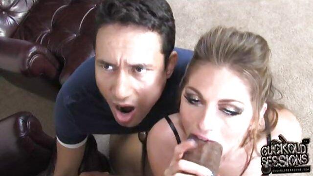Selfie sexo de madre insestuosa la joven adorable Oksana