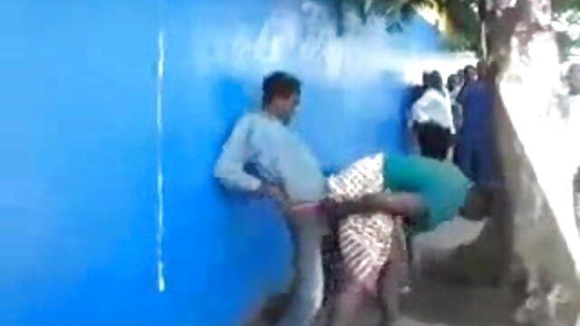 Joven hermosa videos de sexo gratis madre e hijo chica se la follan temprano en la mañana con un hahal