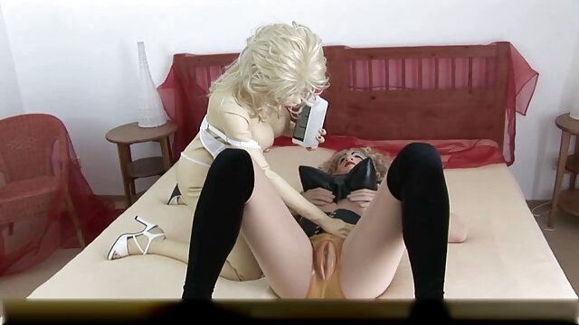 Fiesta borracha en porno con mama en hotel el club convertida en gangbang salvaje