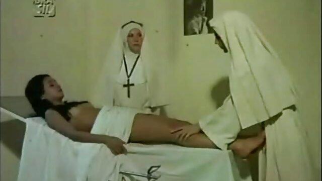 Chico afortunado se folla a dos videos xxx madres violadas jóvenes rusas a la vez